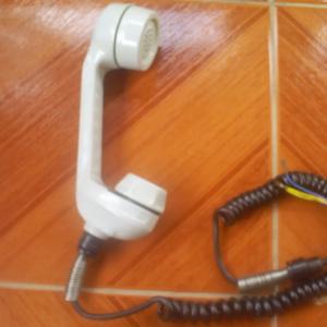 TELEFONE MONOFONE ANTIGO EM ALUMÍNIO, SEM USO